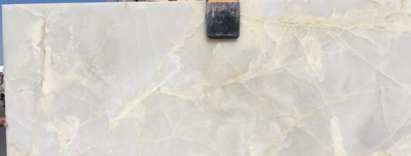 Bianco Onyx 20mm